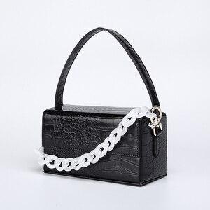 Image 4 - Acryl Kette Box Handtasche Frauen Sommer Mode Grün Krokodil Muster Kleine Platz Schulter Messenger Taschen Weibliche Neue Elegent