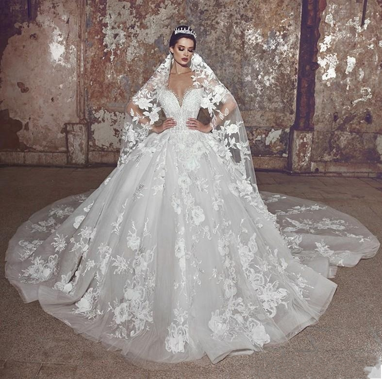 2020 Modern Lace Flowers Wedding Dresses Plus Size Bridal Dress Sheer Neck Flowers Pearls Beaded Bride Ball Gown