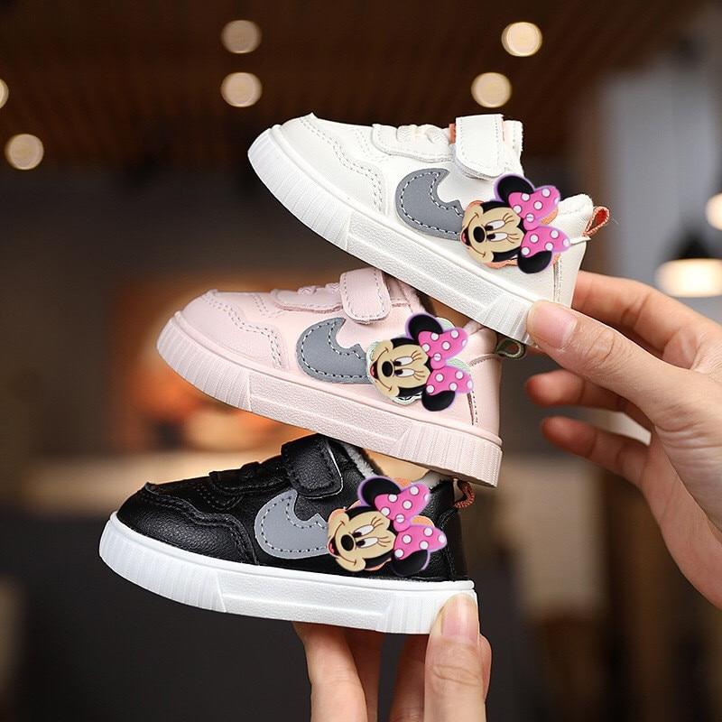 Детские Мультяшные кроссовки Disney для девочек, Повседневная хлопковая обувь с Микки Маусом, кашемировая теплая детская обувь для первых шаг...