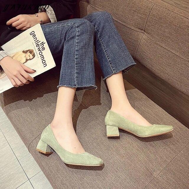 Туфли женские на среднем каблуке простые удобные замшевые туфли-лодочки 4
