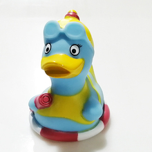 8Cm CE Certification Duck Bath Toys Floating Rubber Duck Ponytail Duck Bath Toys For Kids Puzzle Cognitive Floating Toy
