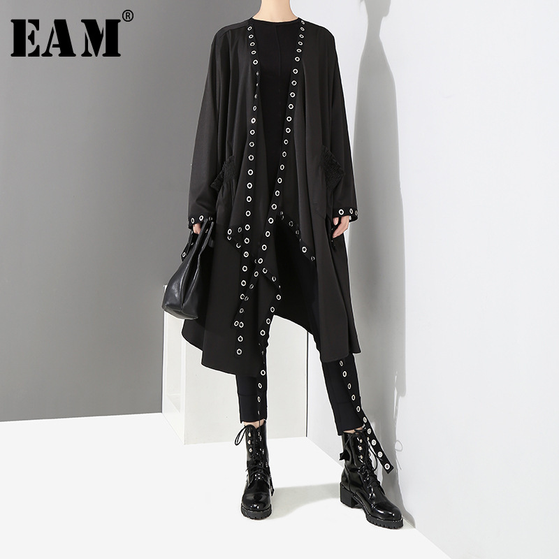 [EAM] Loose Fit Black Hollow Out Ribbon Pleated Big Size Jacket New V-collar Long Sleeve Women Coat Fashion Spring 2020 1D756