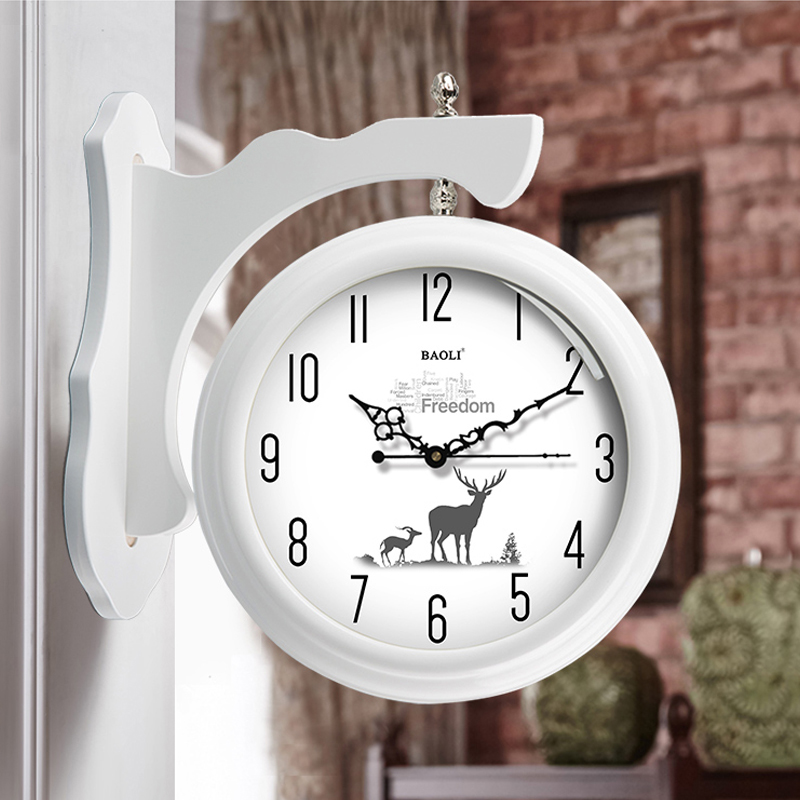 European Solid Wood Double-sided Wall Clock Modern Minimalist Fashion Nordic Living Room Home Clocks Hanging Table Creative