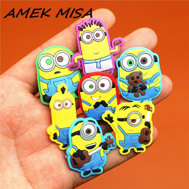 10pcs/Set PVC Cartoon Despicable Me Shoe Charms Accessories Minion Shoe Decorations Shoe Ormaments Fit Croc JIBZ Party Kids Gift