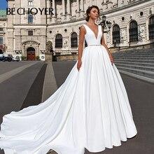 Moda v yaka saten düğün elbisesi 2020 BECHOYER F101 Vintage kristal A Line Backless mahkemesi tren gelin kıyafeti Vestido de Noiva