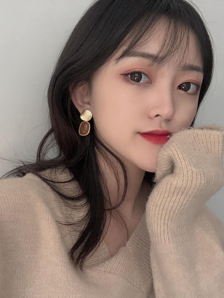 Hot selling Delicate Enamel Coating Drop Earrings Winter Trendy Cloth Resin Pompon Flower Hairball Earrings For Girl Women Gifts