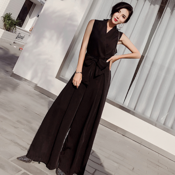 Summer New 2019 Women Elegant V-Neck Jumpsuit with Bow Sashes Women Sleeveless Loose Wide Leg Jumpsuit Apricot Black AQ330
