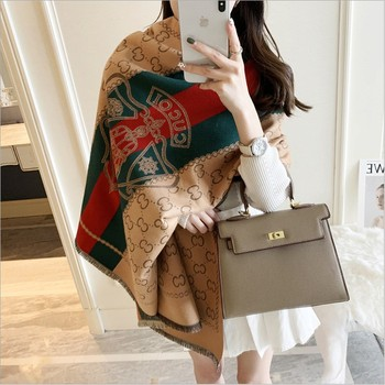 Winter New Ladies Cashmere Light Luxury Shawl Scarf Elegant Printing Warmth Thick Scarf Ladies Fashion Cashmere Scarf Gift scarf 2020 new fashion beading scarf women fashion hollow out hijab scarf spring summer elegant ladies shawl poncho foulard