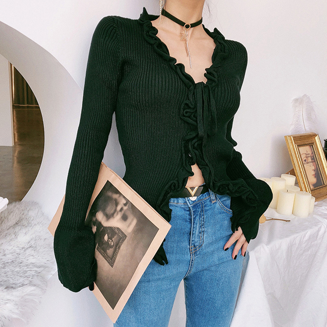 Sexy cardigan with V-Neck and ruffles