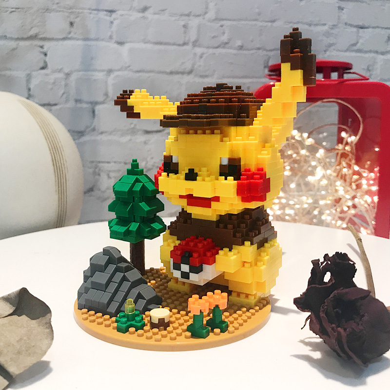 7122A Cartoon Pikachuly Building Blocks Cute Scene Pokemoned Mini Figure Assembled Mirco Bricks Toys For Collection 676pcs+ 2