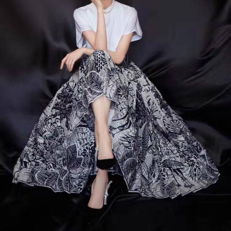 New Skirts Female 2020 Women's Half Skirts Fashion Printing Pleated Skirt