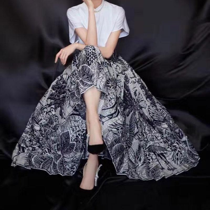 New Skirts Female 2020 Women's Half Skirts Fashion Printing Pleated Skirt
