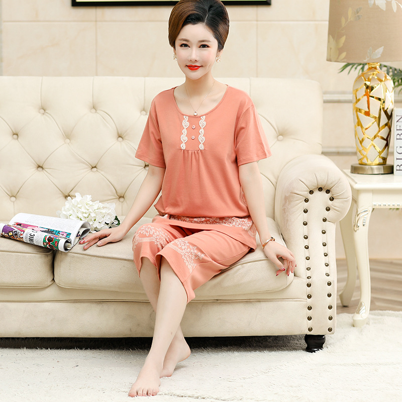 Middle-aged Pajamas Female Summer Thin Pure Cotton Short Sleeve Capri Pants Two-Piece Set Mom Large Size 200 Home Wear