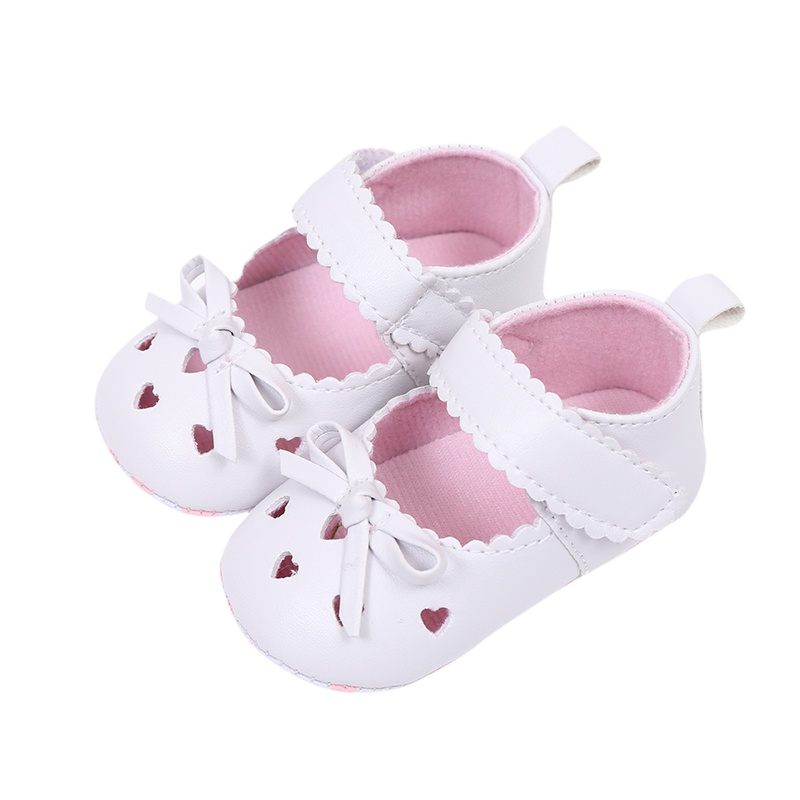 0-18M Baby Girls PU Leather Princess Heart-Shaped Shoes Soft Bottom Hollow Out Crib  Dress Shoes