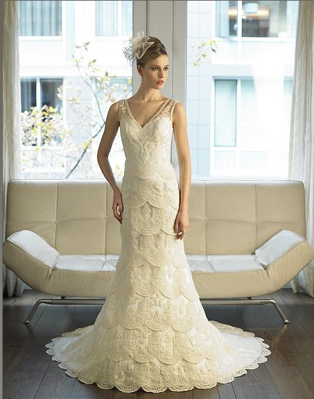Mermaid Features Layers Of Corded Embroidered Lace Illusion Sleeves Deep V-back Train Bridal Gown Dress Wedding