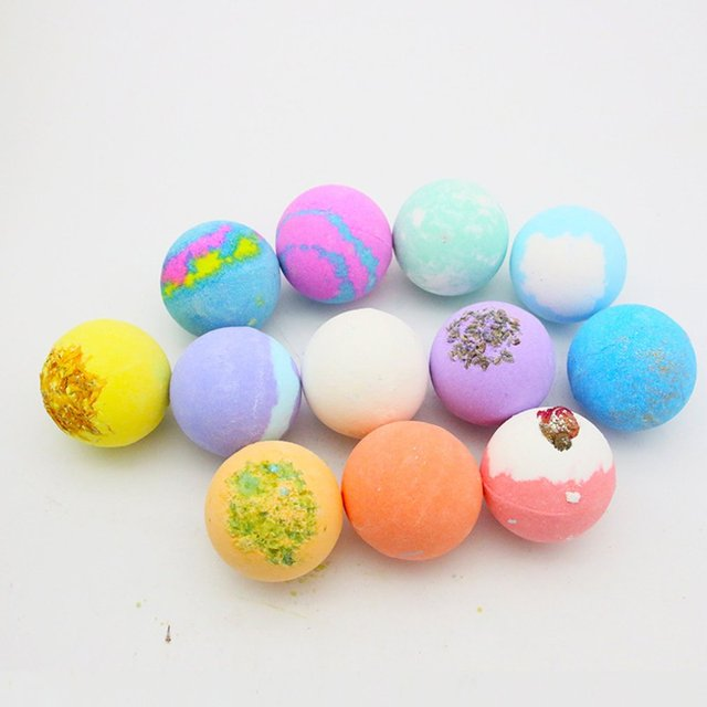 Oil Bath Essential Monochrome Ball Gift Box With Aromatherapy Essential Oil Explosion Ball Milk Bath Salt Ball 4
