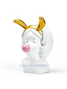 Image 5 - Креативная полимерная ваза, милая девушка, украшение из жвачки, домашняя гостиная, обеденный стол, декоративное искусство, портрет, Золотая ваза