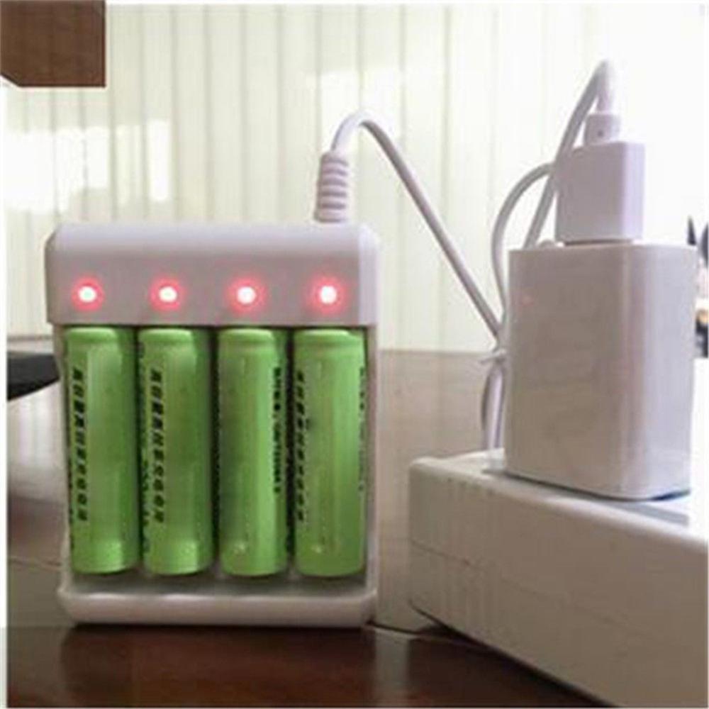 Tüketici Elektroniği'ten Şarj Cihazları'de USB 4 yuvaları hızlı şarj pil şarj cihazı kısa devre koruması AAA ve AA şarj edilebilir pil istasyonu yüksek kalite title=