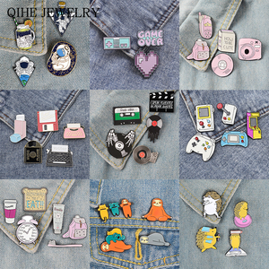 3-6pcs/set Pin set Space Travel Daily Supplies Retro Machine Game Lovers Animal Student's morning Brooches and Pins Daily badge