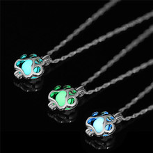 Luminous Necklace Glowing In The Dark Necklace Dog Claw Shaped Pendant Necklace For Women Silver Plated Party Jewelry Gifts(China)