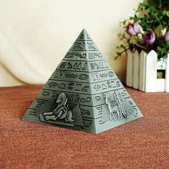 Egyptian Metal Pharaoh Khufu Pyramids Figurine Pyramid Building Statue Miniatures Home Office Desktop Decor Gift Souvenir 4