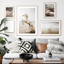Escandinavo cartaz de impressão nórdico cavalo praia areia animal pintura da lona arte da parede campo selvagem natureza imagem sala estar decoração