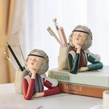 Portapenne cancelleria resina personaggio ragazza scultura moderna decorazione domestica sala studio camera da letto per bambini decorazione Desktop