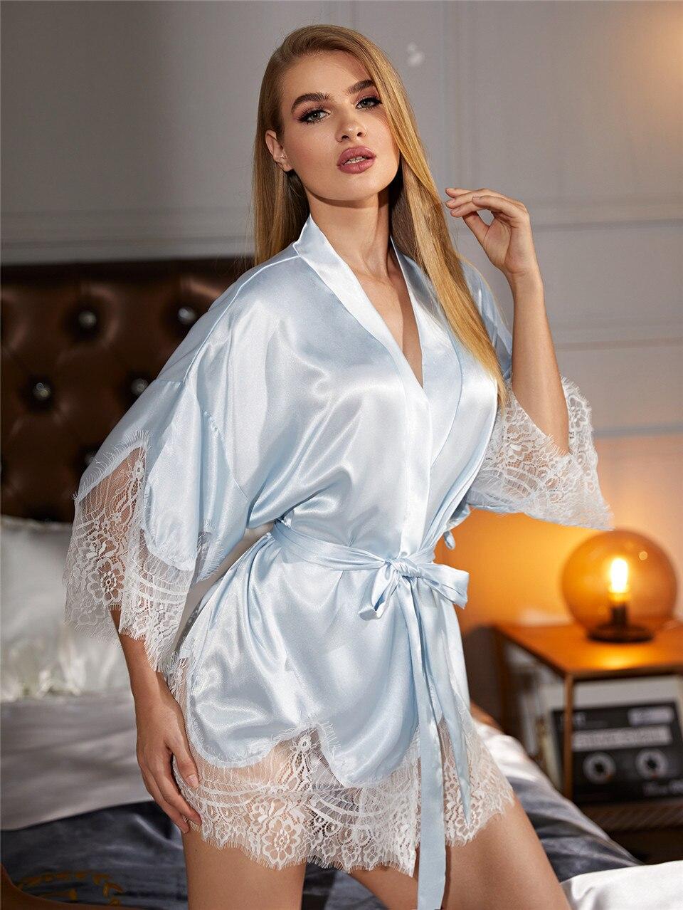 Nuisette en dentelle Satin nuit sexy