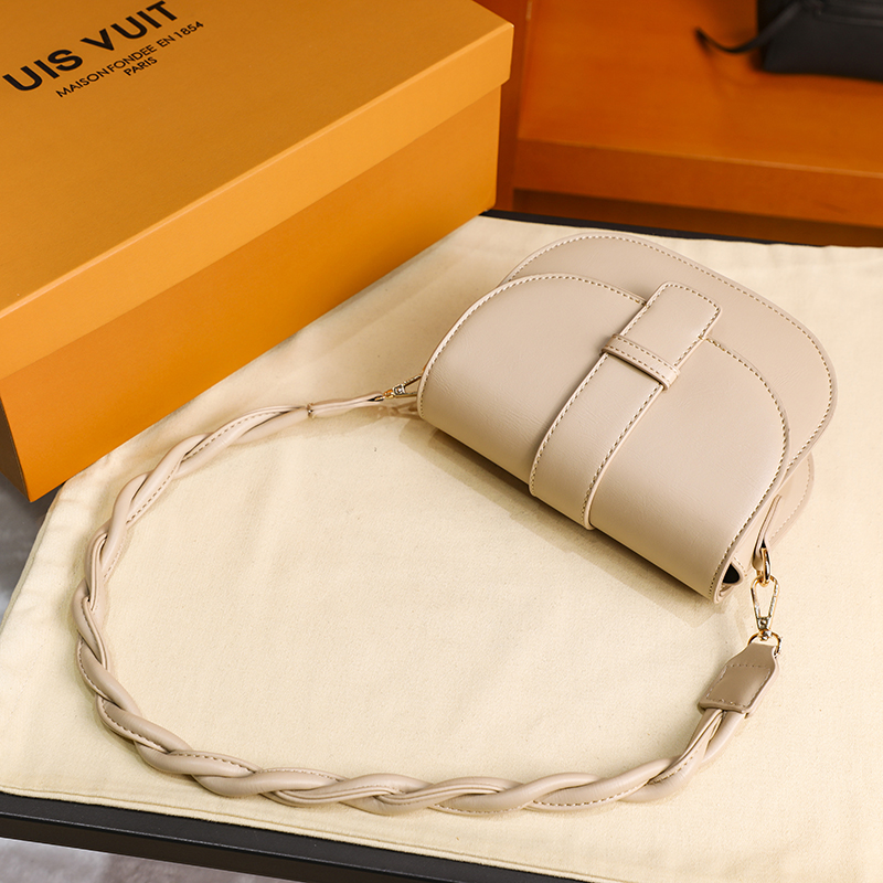 2021Fashion Women Handbag сумка женская Shoulder Bag Spring PU Leather Lady's Tote Crossbody Versatile Solid Small Flap New