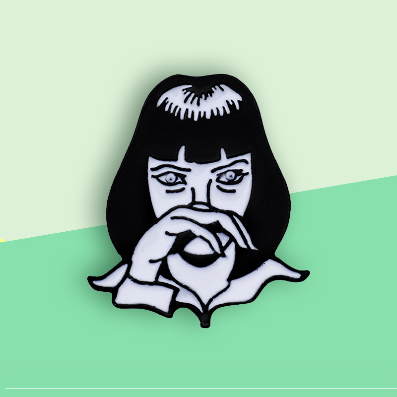 Mia Wallace Pulp Fiction Brooch Custom Enamel Pin GODDAMN Girl Punk Brooches Badge Fiction Movie Role Jewelry Gift Broche Bijoux