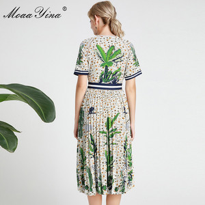 Image 5 - MoaaYina Fashion Designer Runway dress Spring Summer Women Dress Short sleeve V neck Coconut tree Print Vacation Dresses