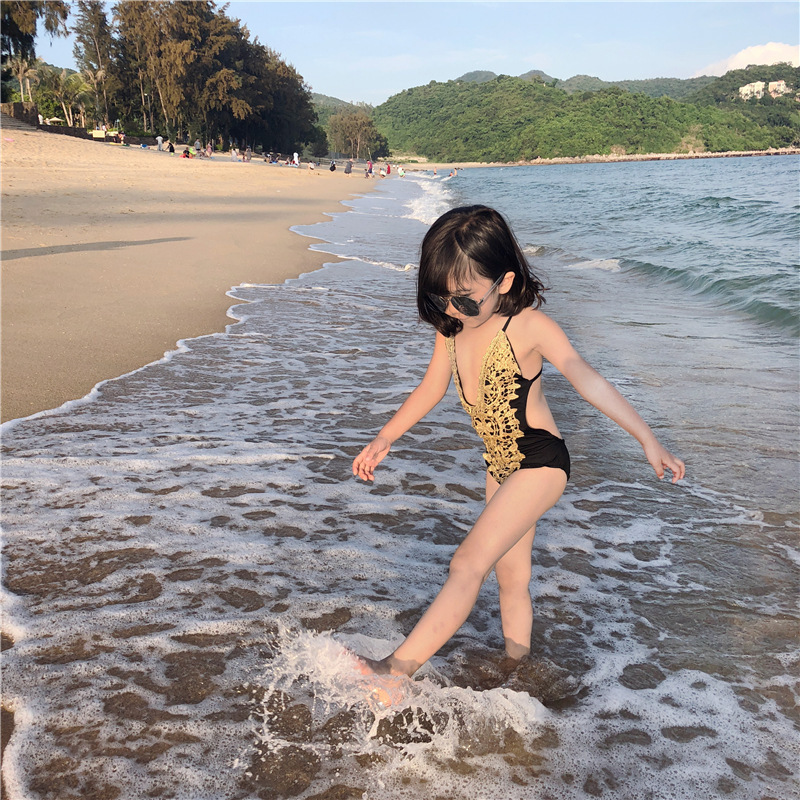 2020 New Style Korean-style Embroidery Lace Children Swimming Bathing Suit Children Baby One-piece Sexy Hot Springs Swimwear GIR