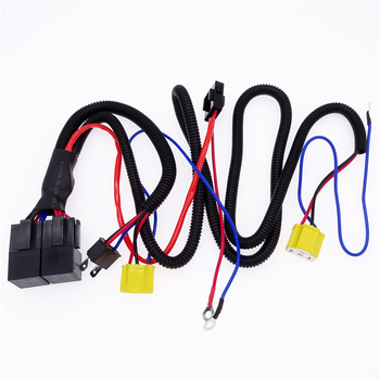 цена на 1PCS Headlight Connector Fuse Socket  Headlight Booster Cable Connector Relay Fuse Socket Black Wire Harness For H4/9003