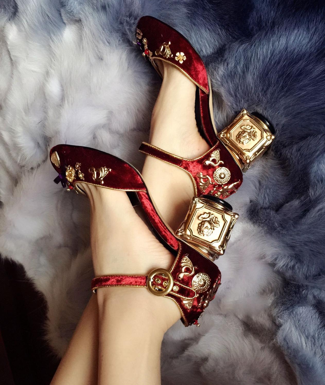 Fantaisie boucle Style bleu clair daim étrange talon chaussures élégant métal Angle fleurs cristal décoré pompes nouveauté - 3