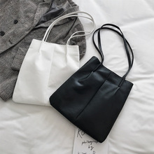 big bag female 2020 new korean version of the wild shoulder bag large capacity student tote bag simple portable female bag Large-capacity bag female bag new 2020 Korean version of the wild shoulder bag fashion foreign style portable bucket bag