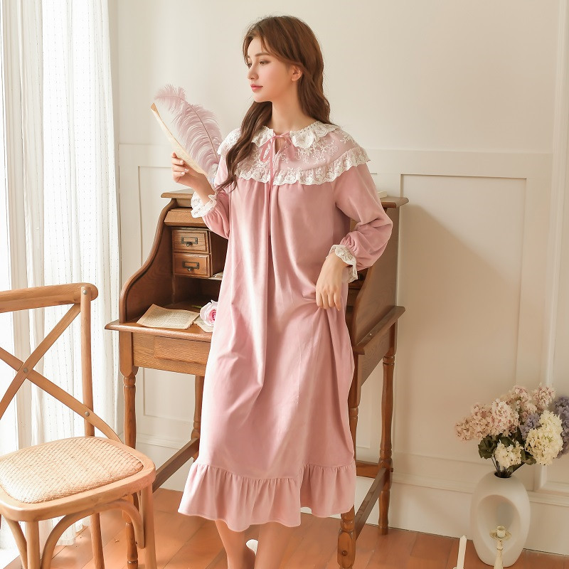 Fashion Women's Long Nightgowns Winter Warm Thicken Velvet Vintage Princess Nightgowns Loose Sleepwear 4 Colors