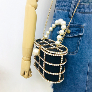 Image 4 - Diamonds Basket Evening Clutch Bags Women 2019 Luxury Hollow Out Preal Beaded Metallic Cage Handbags Ladies Wedding Party Purse