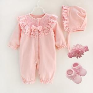 Noworodek dziewczynka ubrania i pajacyki 0 3 miesiące bawełniane długie rękawy babie lato różowe Romper dziecięce skarpety dziewczęce 3 6 9 miesięcy