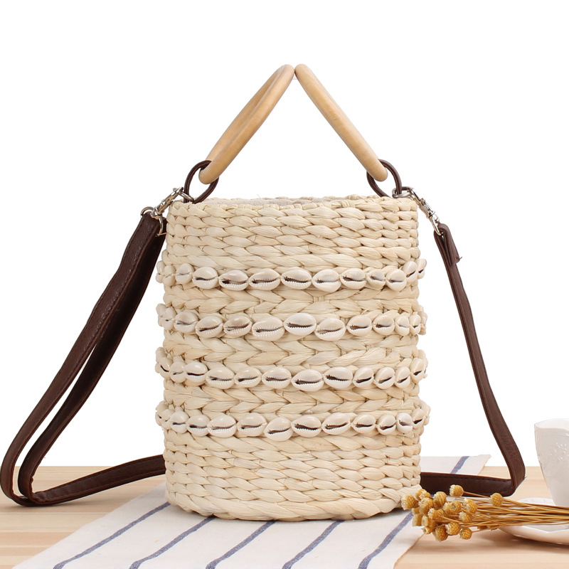 New Natural Shell Bucket Woven Messenger Bag Ladies Fashion Handbag Women Shoulder Bags Leisure Female Pack Travel Beach Package