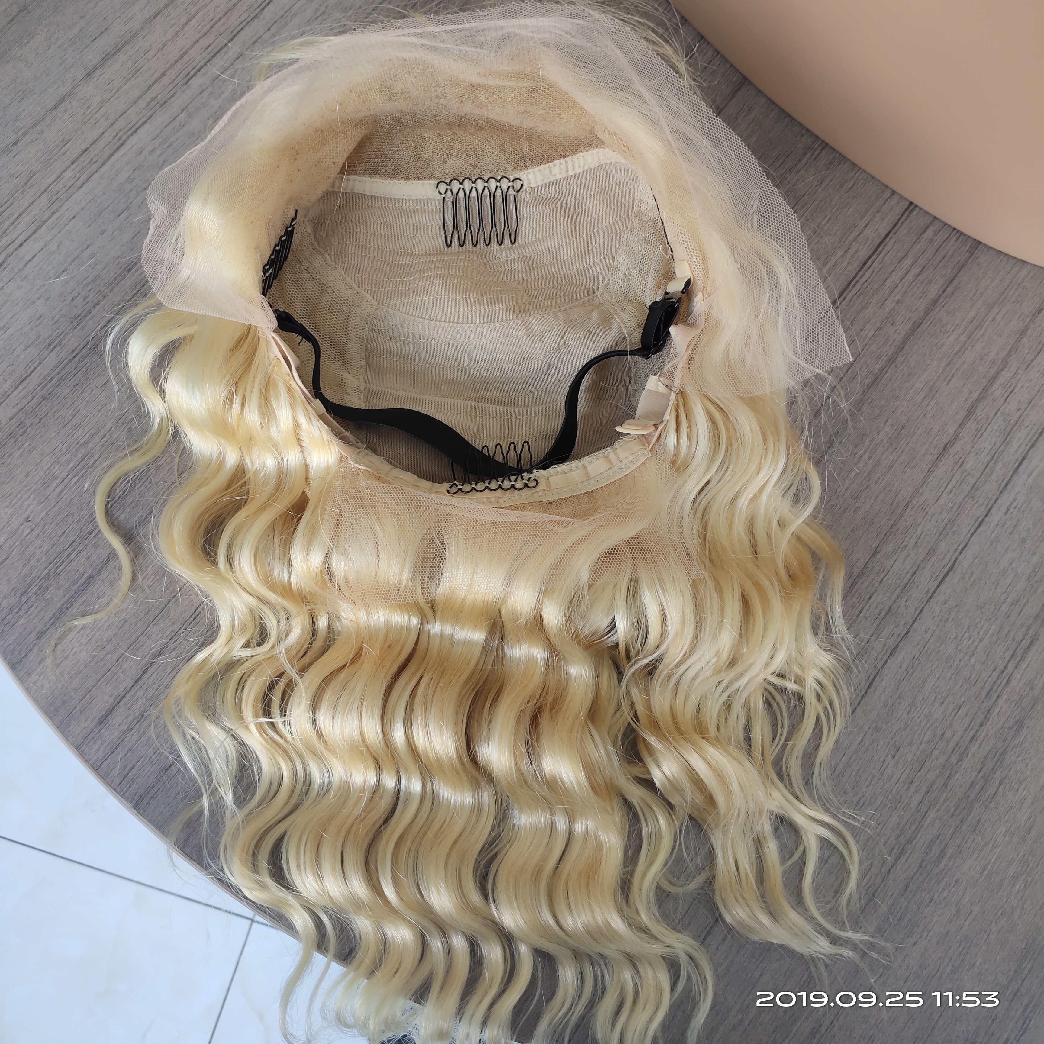 Image 3 - 613 Blonde Lace Front Wig Deep Body Wave Ombre Human Hair Wig Brazilian Remy Pre Plucked 13x4 Transparent Lace Wigs 150% Density-in Human Hair Lace Wigs from Hair Extensions & Wigs