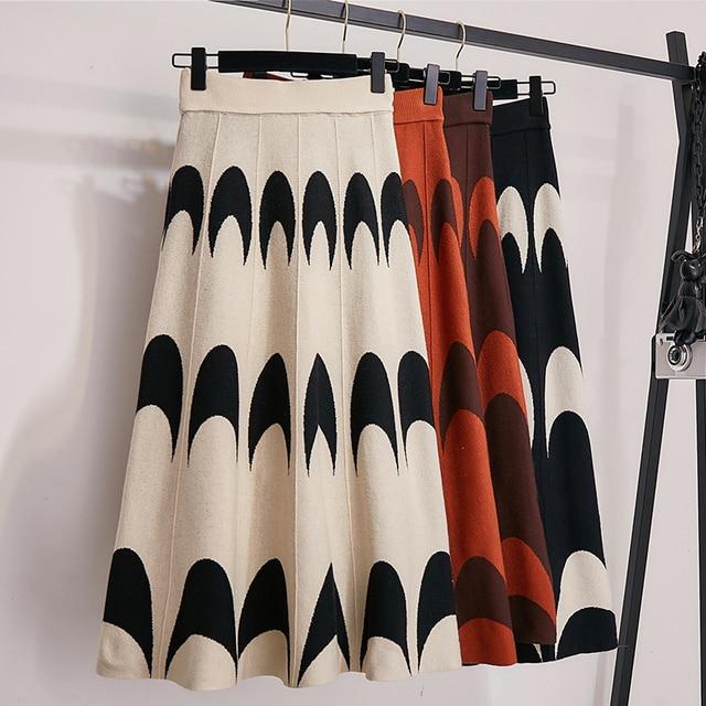 겨울 가을 2019 스커트 여자 뜨개질 양모 pleated 긴 치마 문 인쇄 높은 허리 탄성 큰 헴 미디 스커트