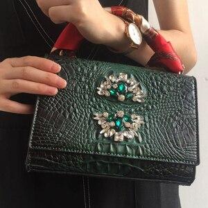 Image 1 - 2020 frauen Sexy Tote Tasche Krokodil Muster Schulter Tasche für Mode Dame Maroon Kreuz Körper Rechteckige Tasche