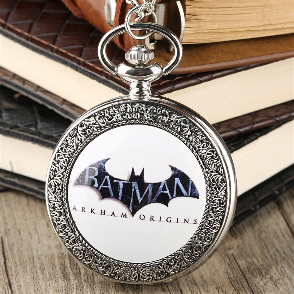 Vintage Exquisite Silver Batman Display Quartz Pocket Watch Arabic Numeral Display Necklace Clock Pendant Watch Unisex Gifts