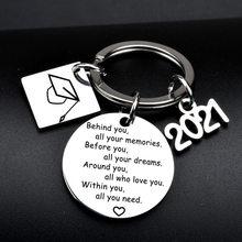 2021 graduação de aço inoxidável carta chaveiro atrás de você de todas as suas memórias pingente presentes jewery