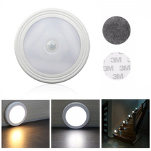 1pcs 6 LED Infrared PIR Body Motion Sensor Night light Auto Induction On/Off Hallway Pathway Closet Wall Lamp