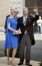 Королевский синий мать для невесты платья с накидкой до колен длина шорты свадьба вечеринка знаменитости платья платье де мадринья фарсали