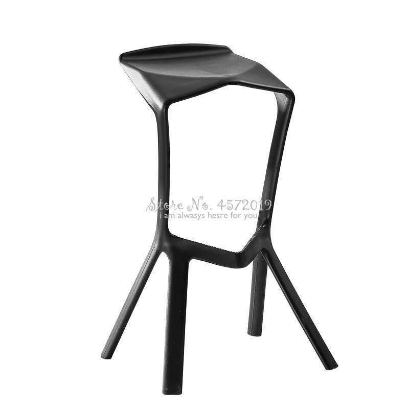 Simple High Bar Stool Personality Fashion Plastic Bar Chair Cafe Nordic Bar Stool Geometry Folding Bar Chair