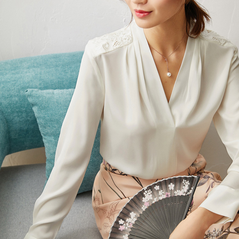 New Embroidered Chinese style women s top heavyweight silk shirt spring long sleeve