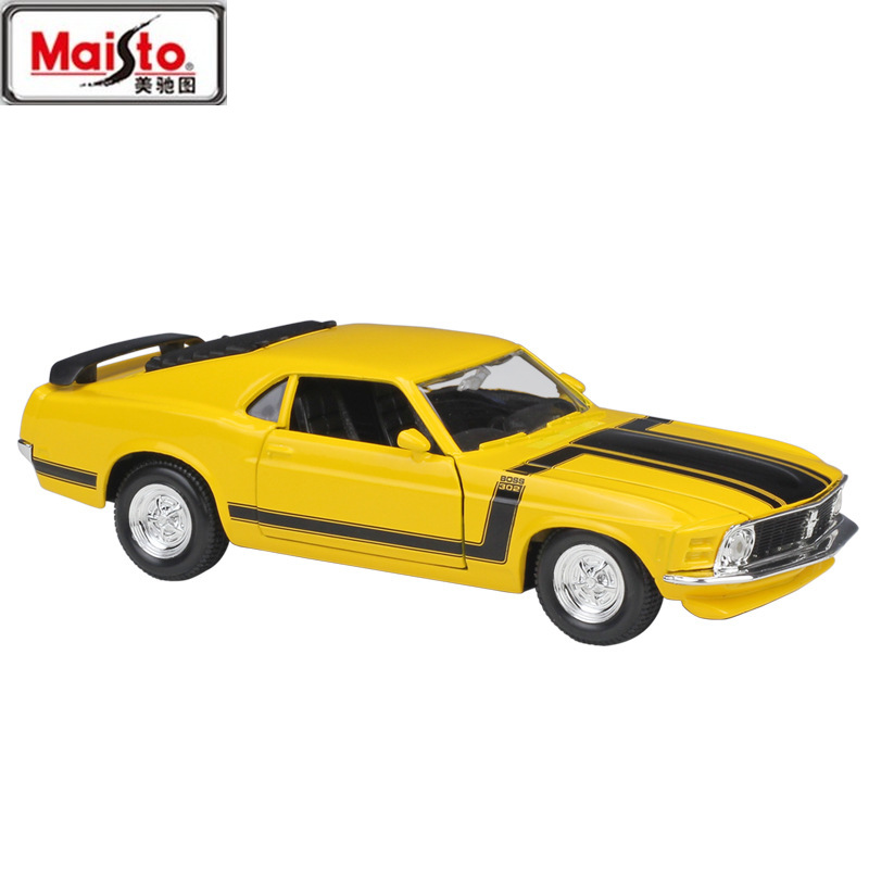 MAISTO <font><b>1:24</b></font> <font><b>Ford</b></font> <font><b>Mustang</b></font> Sports Cars 1970 <font><b>Ford</b></font> <font><b>Mustang</b></font> BOSS 302 Simulation Alloy Car Model Collection Gift Toy Decoration image