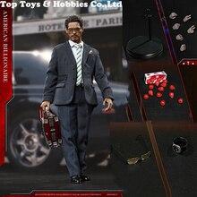 Brinquedos com Modelo para